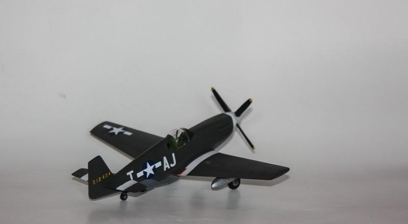 P 51 B/C 1/72 HOBBY 2000 et ACADEMY  Img_0947
