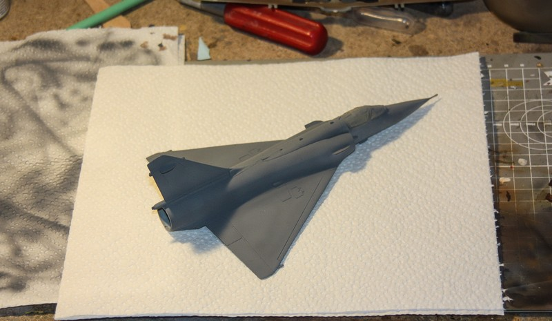 MIRAGE 2000 HELLER 1/72 - Page 3 Img_1019