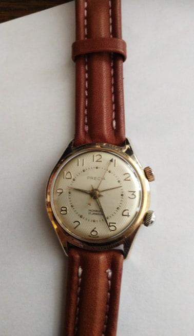 """Montres réveils """"Bracelets"""" liste non exhaustive 74214610"""