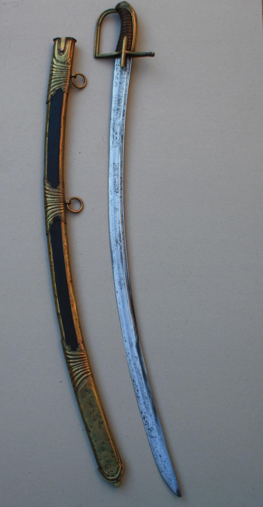 Sabre officier cavalerie légère (Hussard ?) Ancien régime   Img_9517