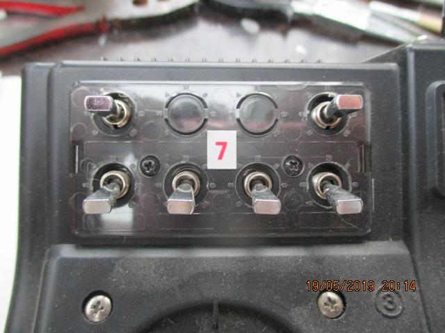 Pamétrage Futaba FC-18 avec multiswitch 16 robbe et sound module navy robbe Img_1329