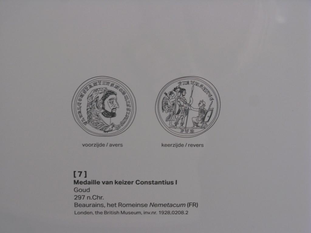 Médaillon de bronze URBS ROMA Img_9810