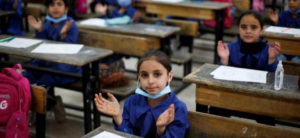 التعليم: تقسيم اليوم الدراسي لمواجهة الكثافات الطلابية  210