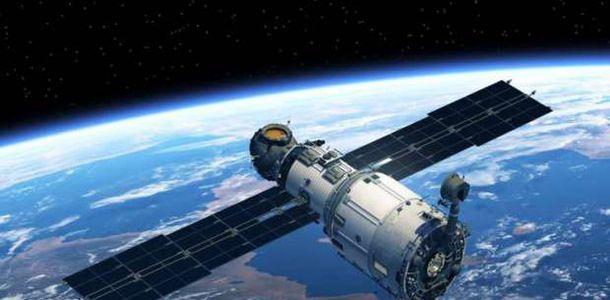 الانتهاء من إنشاء قمر صناعي تعليمي مصري 35282810
