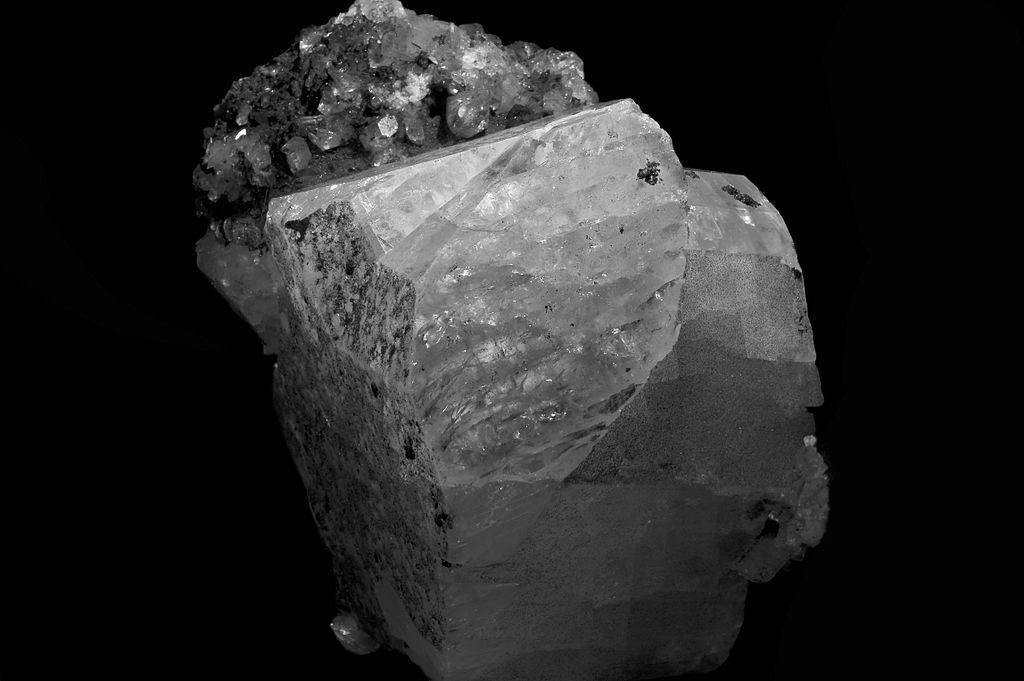 La pierre de lune, minéral féminin et lunaire