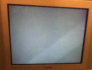 Slot MV2F consolisé, écran bleu au démarrage  Img_3010