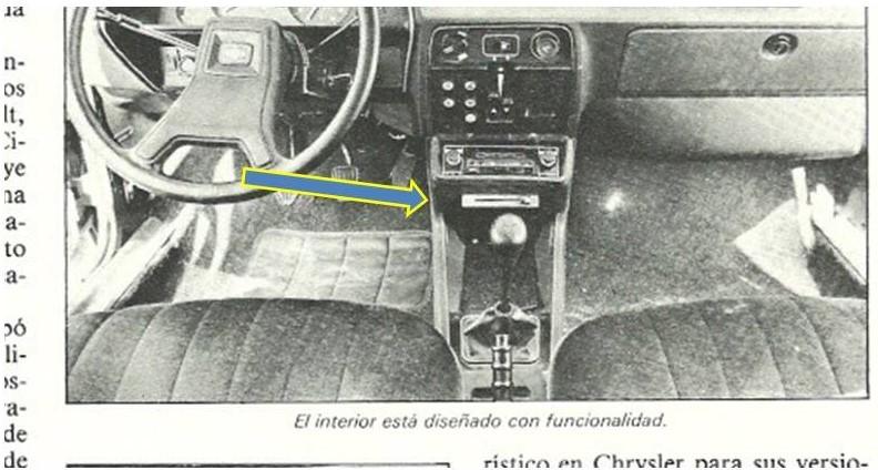 ¿¿Qué es eso bajo el hueco del radiocassette?? Pregun11