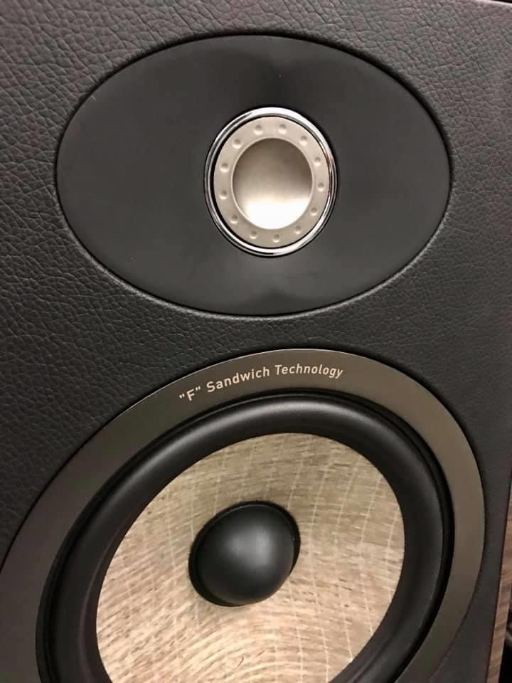 Focal Aria 936 at a great price  0cf41810