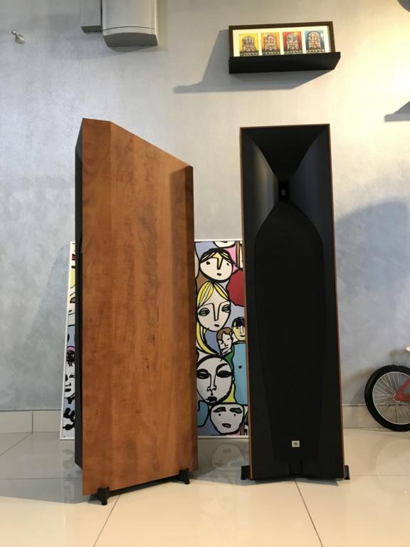 JBL Studio 590 - SOLD 667b4110