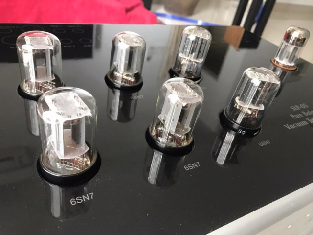 Cary Audio SLP-05 Preamplifier Cary310