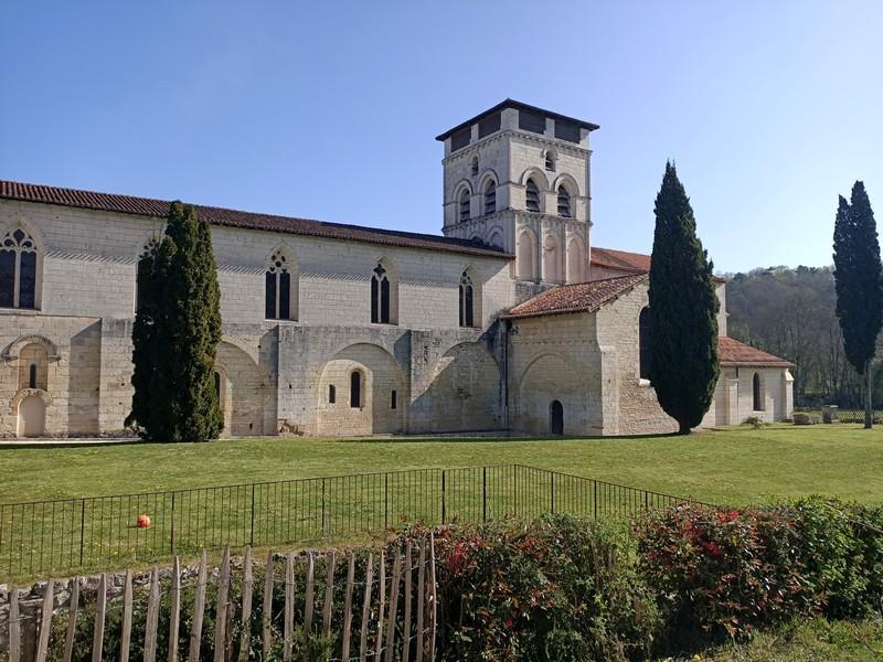 [Autres voyages/France] La découverte ou redécouverte du Périgord  - Page 3 Abbaye10