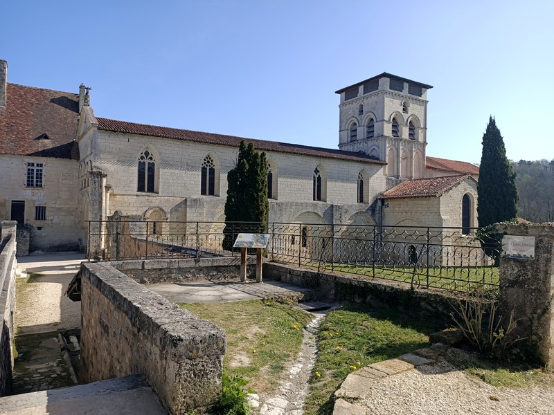 [Autres voyages/France] La découverte ou redécouverte du Périgord  - Page 3 Abbaye12