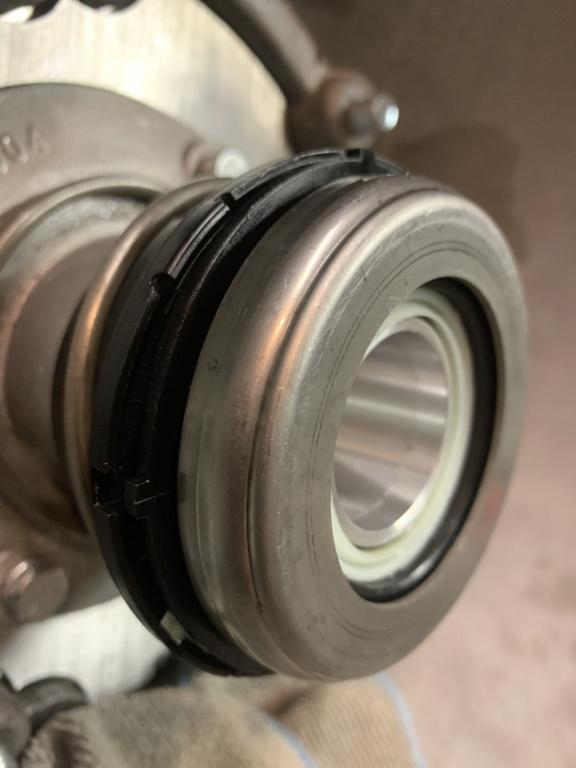 Throw out bearing leak 55589110