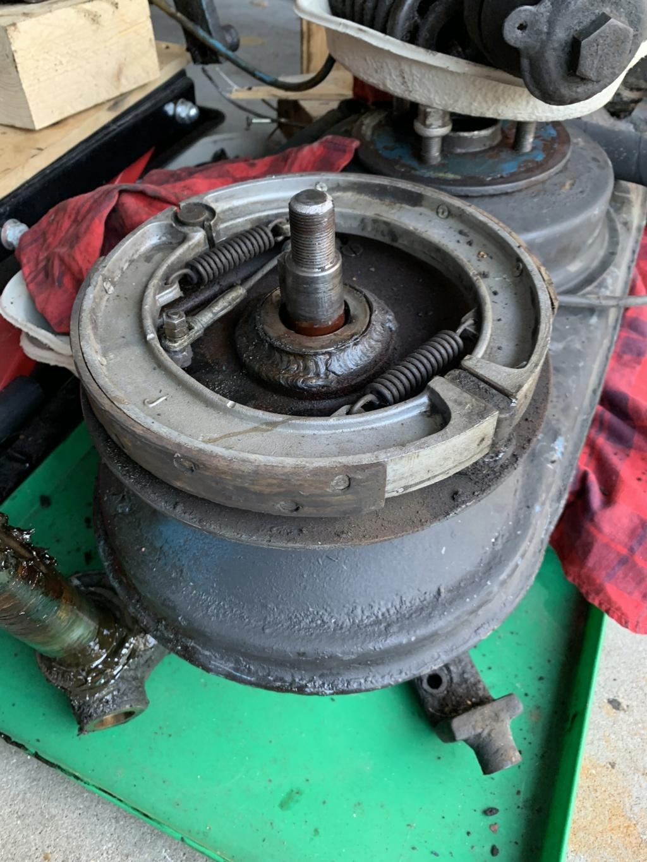 Antriebseinheit und Bremse Bremse11