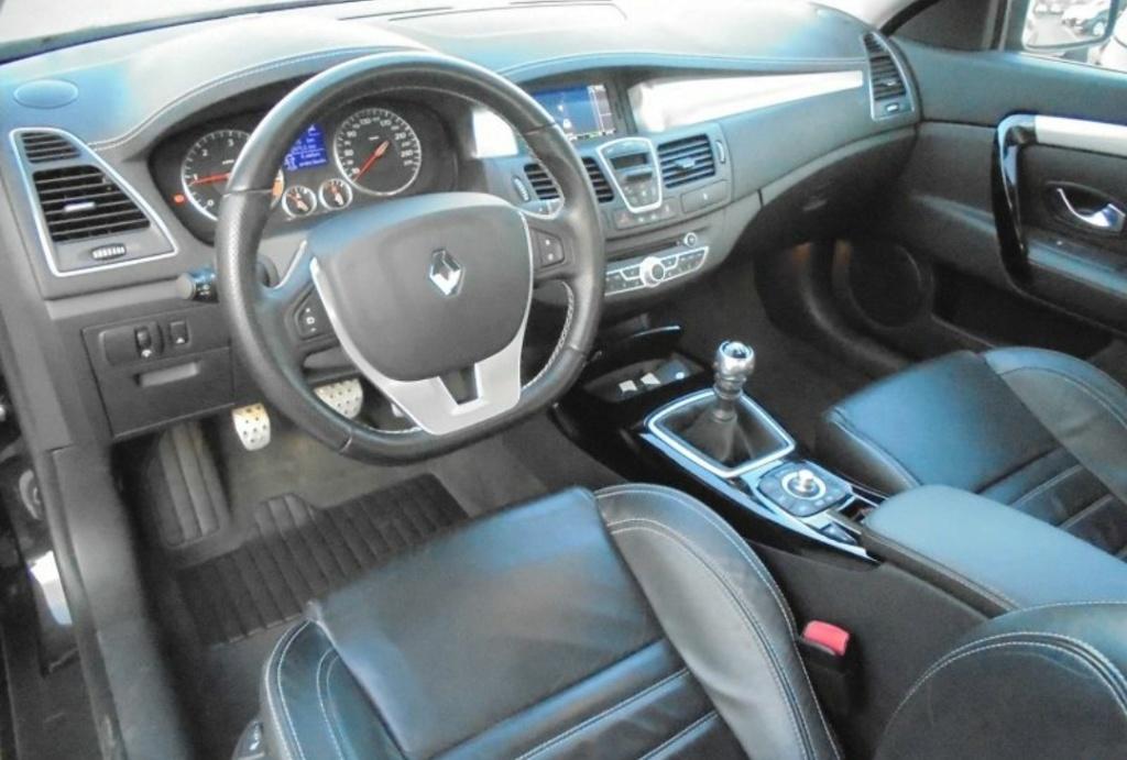 [Rnlt_lc3] Renault Laguna III.2 coupé 2.0 DCI 180 GT 4control Screen12