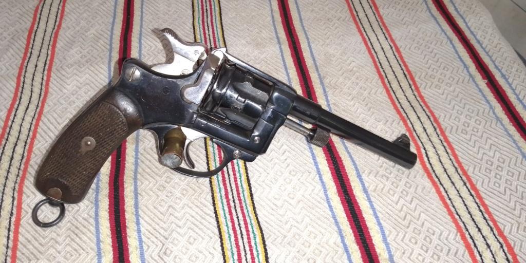 Restauration revolver 1892 civil Img_2034