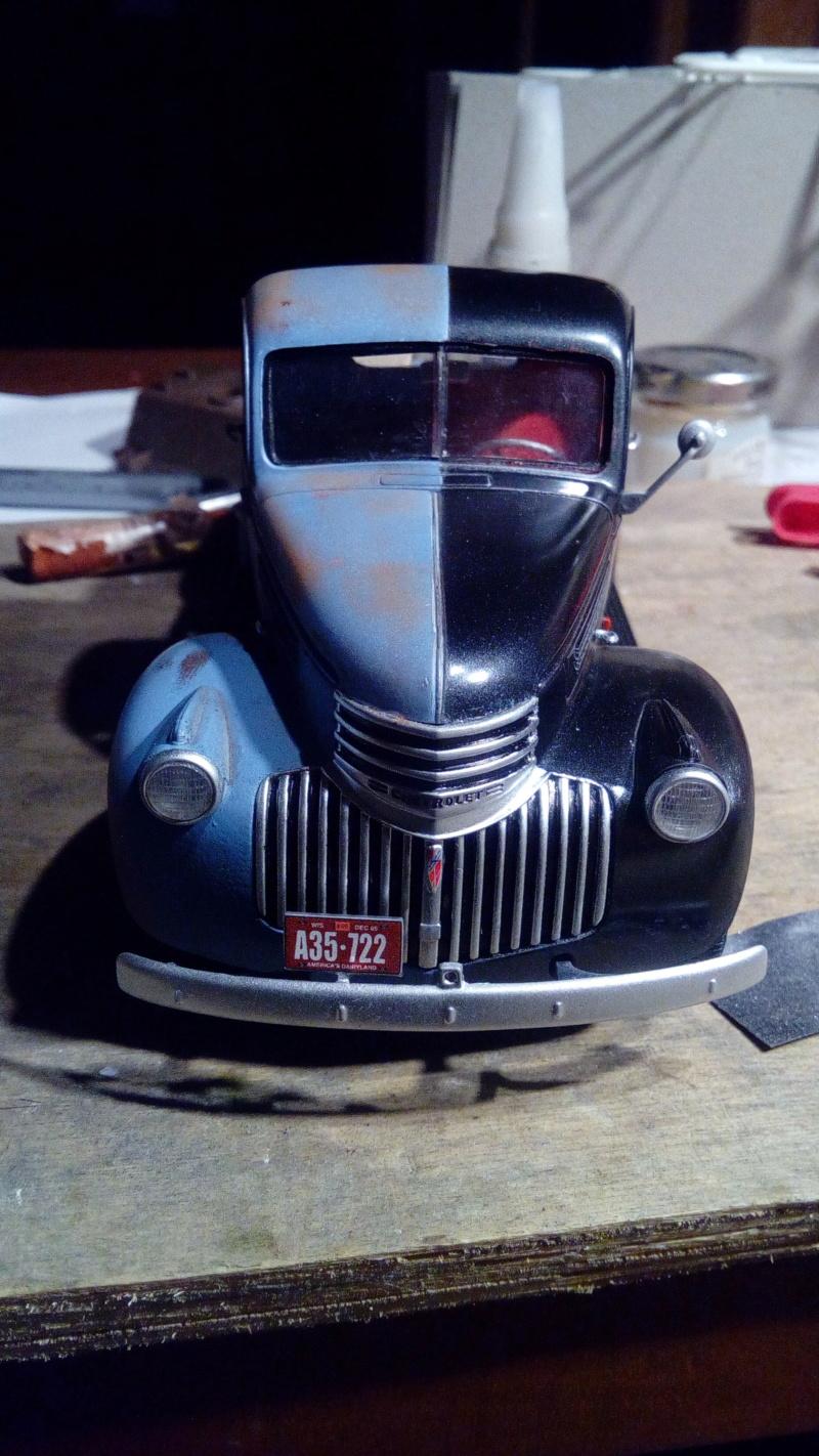 Ford '41 Bi-couleurs - Revell - 1/25 Img_2481