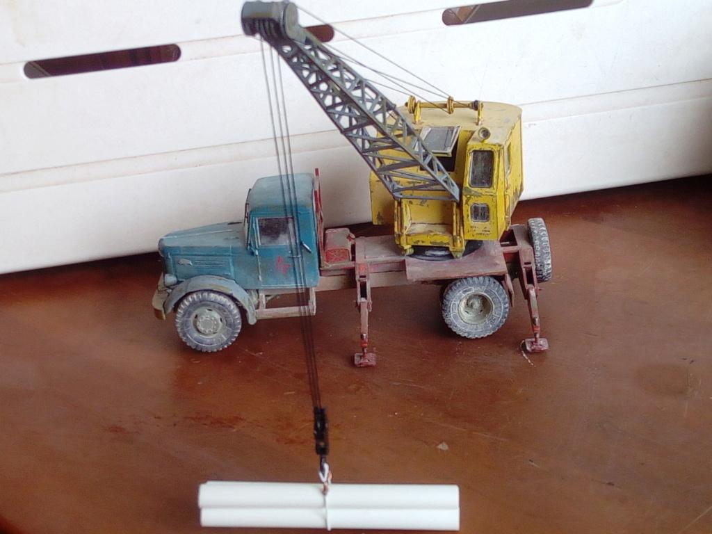 Truck Crane K-51 Modèle AVD 1/43éme  Img_2791