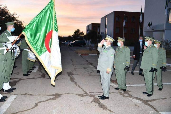 Armée Algérienne (ANP) - Tome XIV - Page 16 Fb_img27