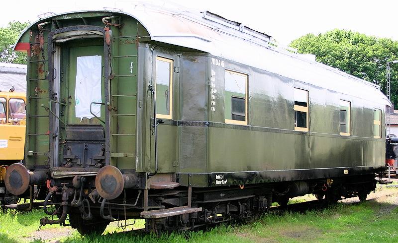 Resteverwertung - Ein Heizkesselwagen aus der Bastelkiste 2005_b10