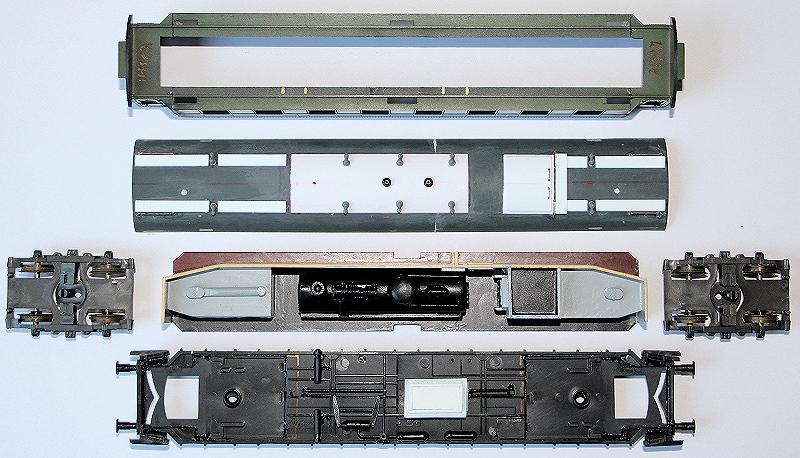 Resteverwertung - Ein Heizkesselwagen aus der Bastelkiste Heizwa15