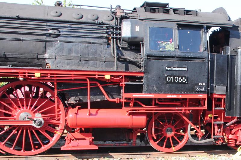 Lok der Baureihe 03, M 1:16 - Seite 7 Img_5918