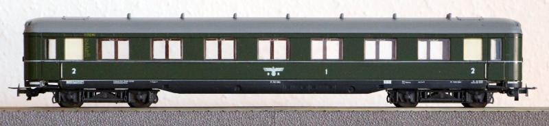 Die Einheits-Schnellzugwagen als H0-Modelle Li832010