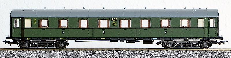 Die Einheits-Schnellzugwagen als H0-Modelle Li842010