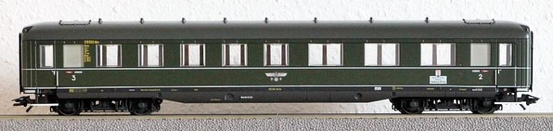 Die Einheits-Schnellzugwagen als H0-Modelle Ma432513