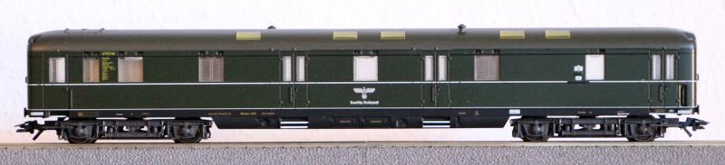 Die Einheits-Schnellzugwagen als H0-Modelle Ma432610