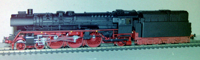 Die Baureihe 03.10 der DB in Spur HO Pict0513
