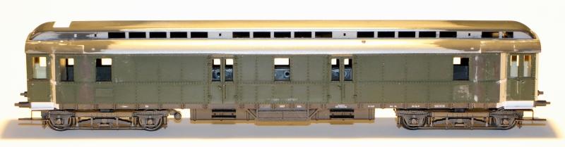 Die Einheits-Schnellzugwagen als H0-Modelle Post4u51