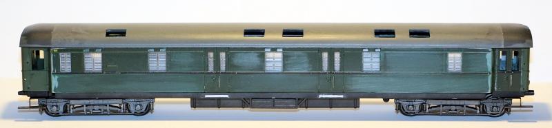 Die Einheits-Schnellzugwagen als H0-Modelle Post4u52