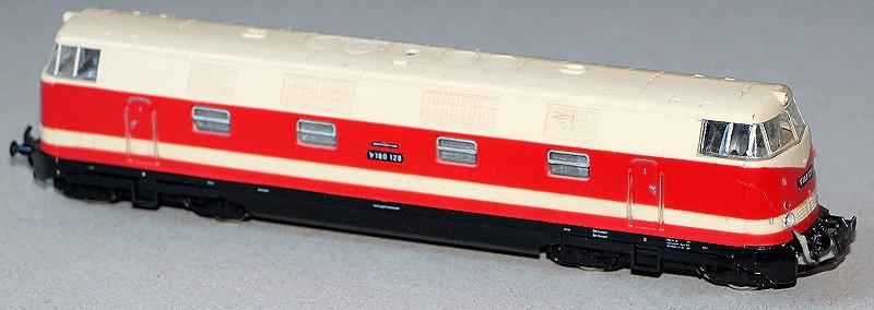 Die Baureihe 110 der Deutschen Reichsbahn - Seite 2 Projek10