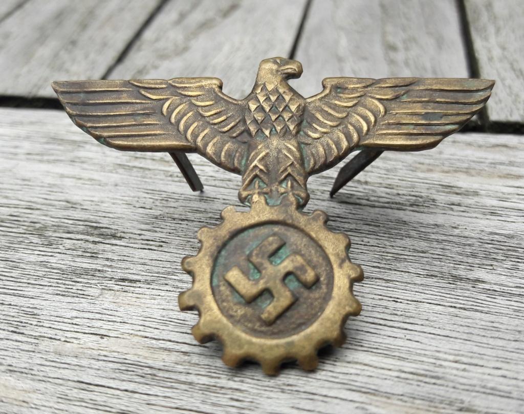 Authentification.badge kepi D.A.F. ou SA 20200834
