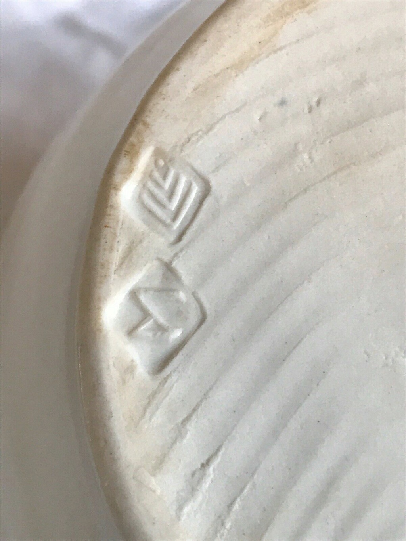 Studio Pottery Teapot - Distinctive Mark Teapot10