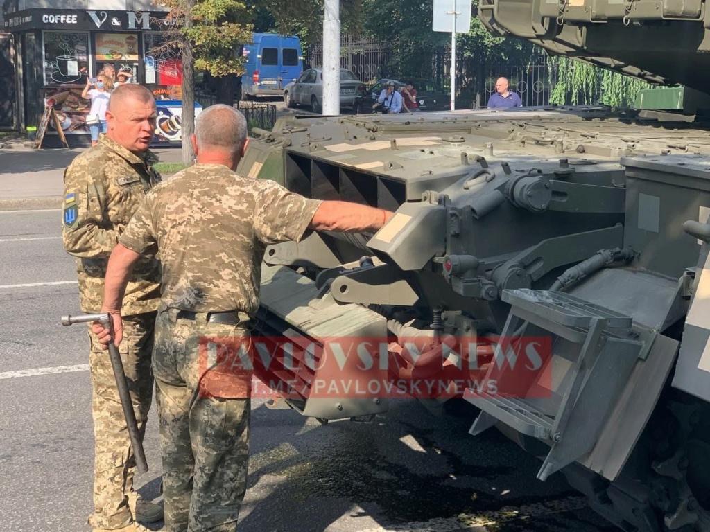 Ukrainian Ground Forces: - Page 10 Bnotis10