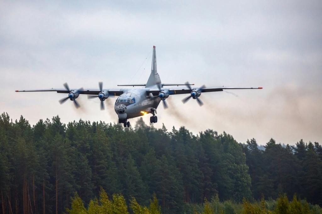 Russian Transport Aircraft fleet (VTA) - Page 23 Ejh_co10
