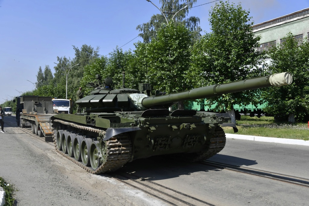 T-72 ΜΒΤ modernisation and variants - Page 27 Hqub-610
