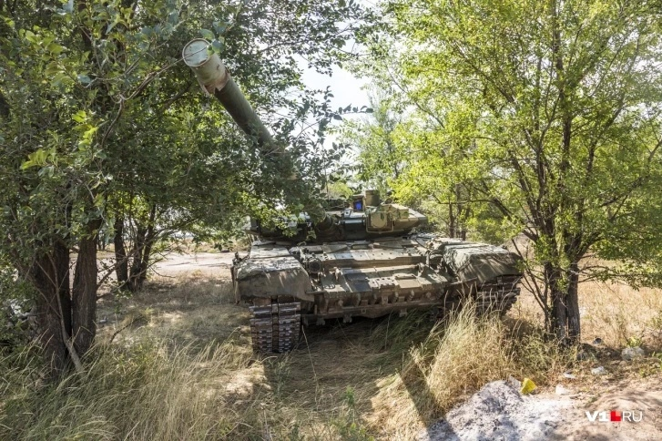 T-90 Main Battle Tank #2 - Page 13 Igobqk10