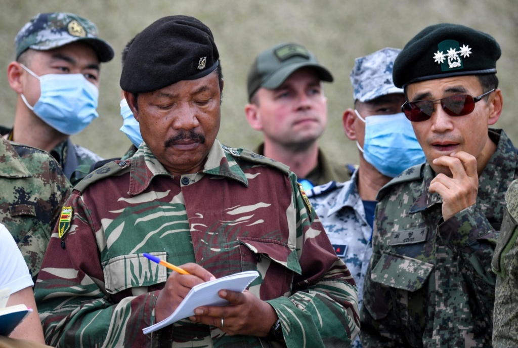 Russian Ground Forces: News #3 - Page 3 Iiozfu10