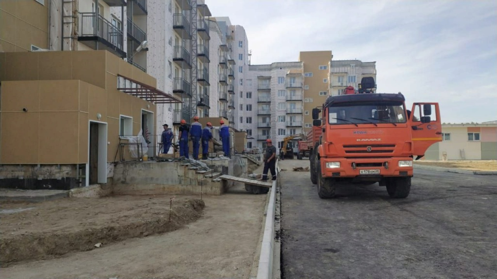 Russian Towns, Cities / Urban Development - Page 7 Img_2247