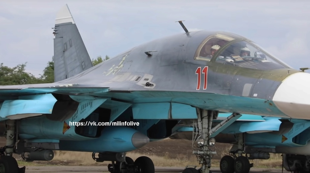 Su-34 Tactical Bomber: News #2 - Page 2 J4cxyy10