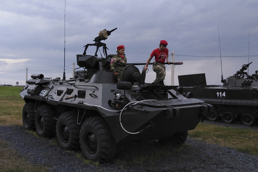 BTR-80/82A and variants: News - Page 12 Rqj9mr10