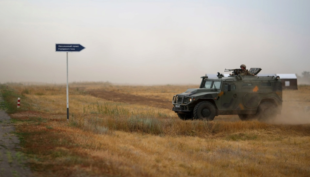 Russia's joint military exercises with foreign countries - Page 4 Sdvhsi10