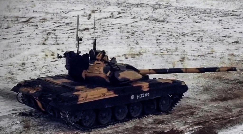 T-72 ΜΒΤ modernisation and variants - Page 27 Uwvgkz10