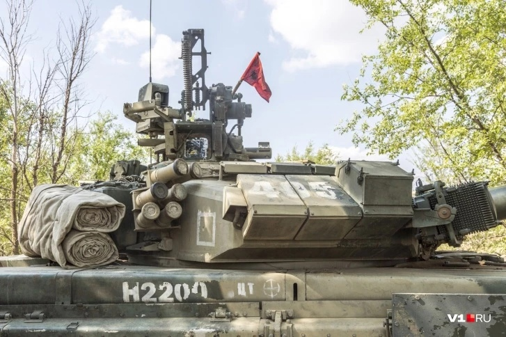 T-90 Main Battle Tank #2 - Page 13 Wcmagn10