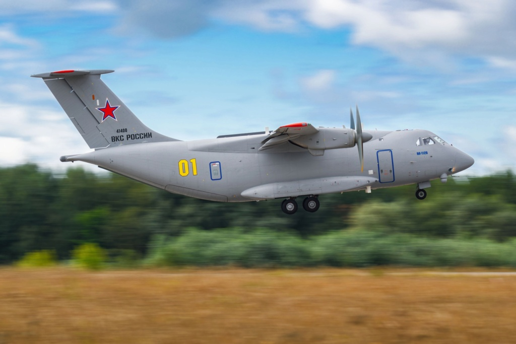 Il-112V light military transport  - Page 17 Y3ycdk10