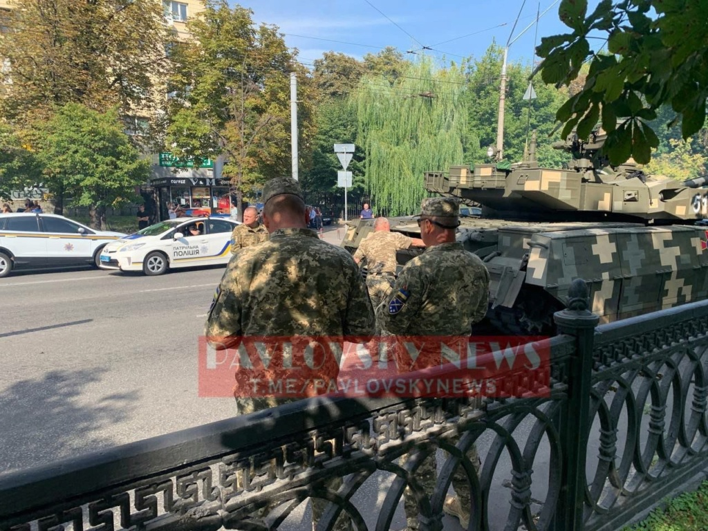 Ukrainian Ground Forces: - Page 10 Zygh_c10