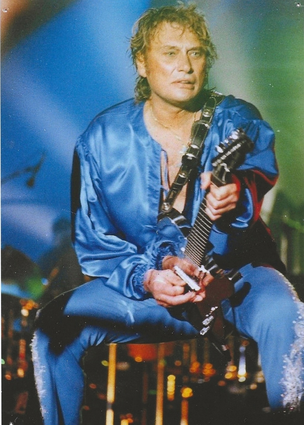 LES PHOTOS DE CANAILLES2 - Page 4 Guitar12